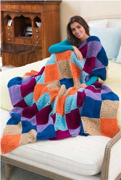 01 Cp Motif Maron 1 big hug square crochet blanket