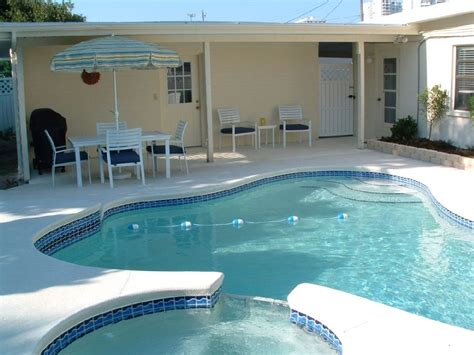 Life S A Beach Private Beach House W Pool Vrbo Vacation Houses For Rent In Daytona Fl