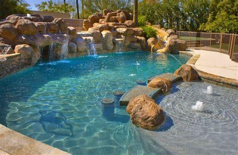 amazing backyard pools triyae amazing backyard pools various design