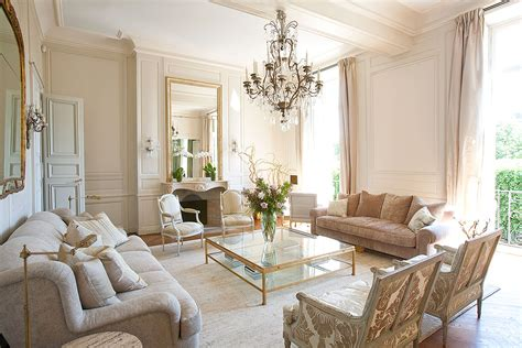 rent appartment paris paris luxury rentals spectacular marais apartment with