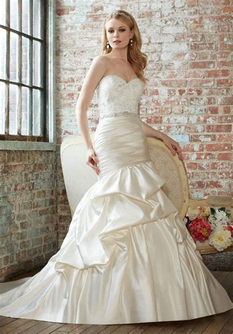 2016 spring summer wedding dress trends dipped in