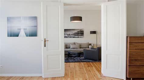 wohnung tübingen kaufen wohnzimmer in orange braun und teakholz