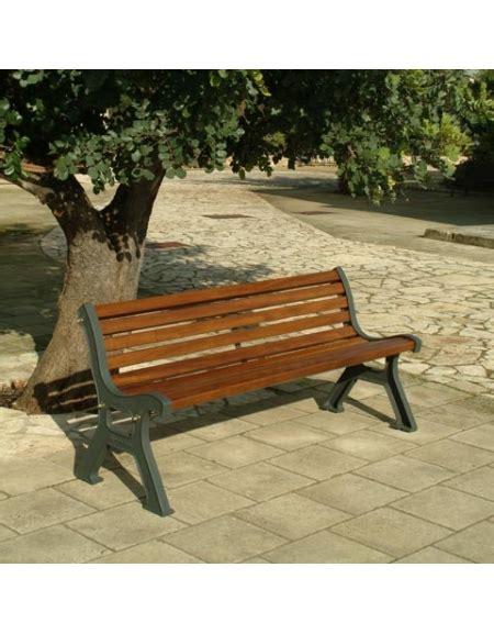 panchine da giardino in legno panchina da giardino in ghisa e legno con listoni di pino