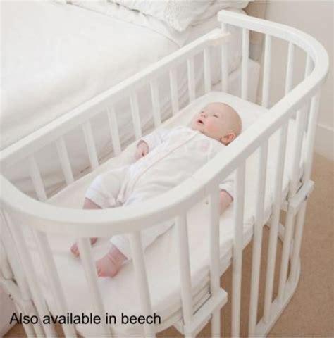 kinderbett zum beistellbett umbauen babybay beistellbett baby bettchen weiss buchenholz wie