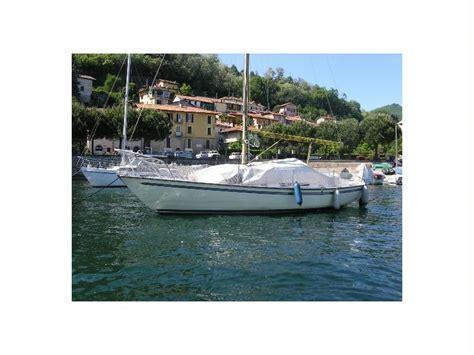 cabinato a vela grazia scafo cabinato a vela en emilia roma 241 a veleros de