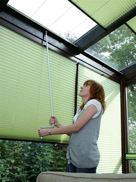 rollläden innen plissees f 252 r plafond deckenfenster rollomeister de