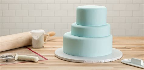 3 Tier Cake Decorating Ideas by How To Make A Three Tier Frozen Birthday Cake Cakes