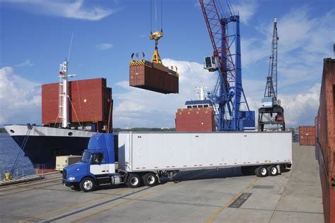 boat shipping brokers cargo transport freight brokers insurance logistiq