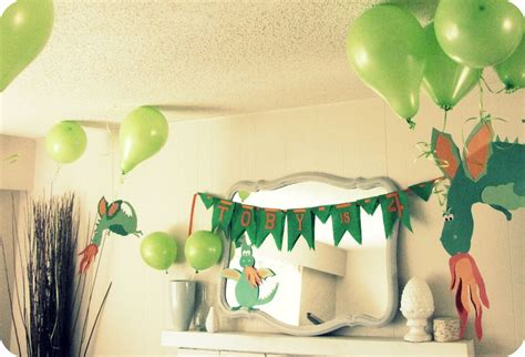 dragon decorations for a home my house of giggles a dragon birthday party part 1