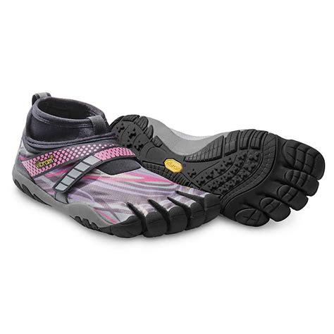 five finger shoes vibram five fingers s lontra shoe moosejaw
