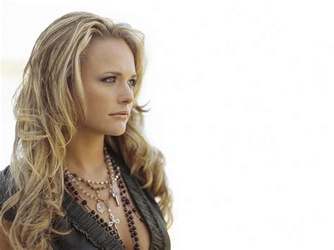 latest pictures of miranda lambert miranda lambert profile and latest hot wallpaper