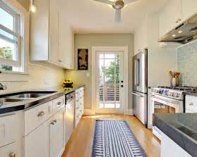 Narrow Kitchen Design Ideas 4 Decorating Ideas How To Make A Galley Kitchen Look Bigger Narrow Kitchen