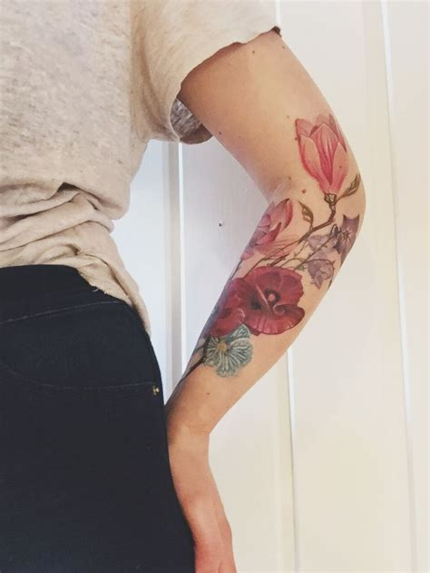 floral tattoo magnolias and poppies tatuering