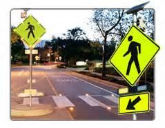 solar lighted cross flashing pedestrian crossing sign solutions traffic