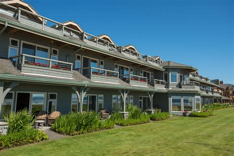 stephanie inn cannon beach hotel with oceanfront view stephanie inn cannon beach oregon hotel review