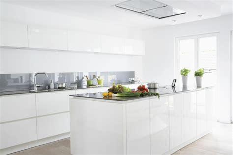 cuisine laquee blanche mod 232 le cuisine blanche en 50 id 233 es inspirantes
