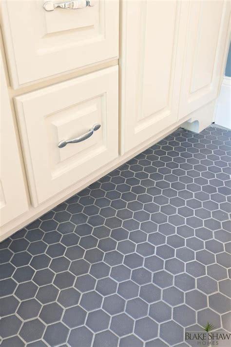 book of octagon tiles bathroom floor in us by sophia eyagci com
