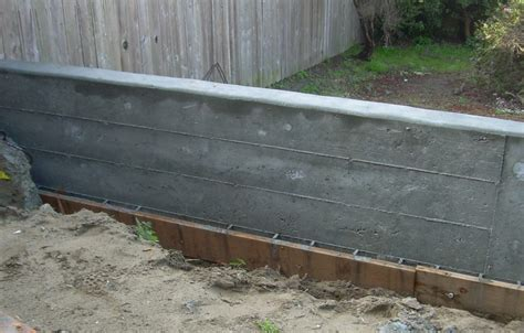 build concrete retaining wall images