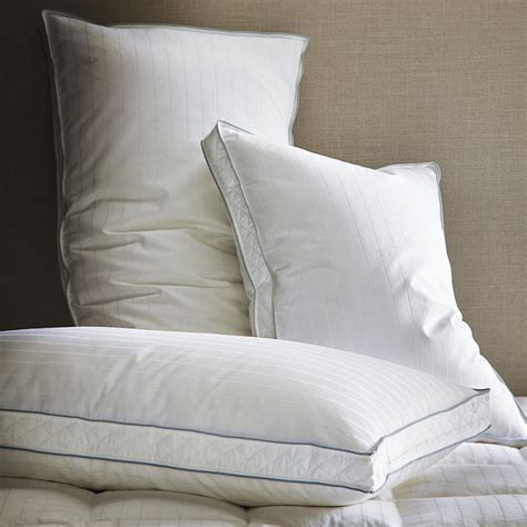 Goose Down Bed Pillows | luxury goose down gusseted pillow traditional bed