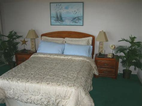 Bedroom Trip Intro Unit 333 Lovely Master Bedroom With Theme And