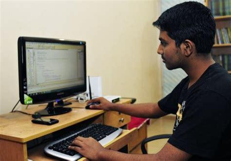 bangladesh teenagers drive outsourcing growth
