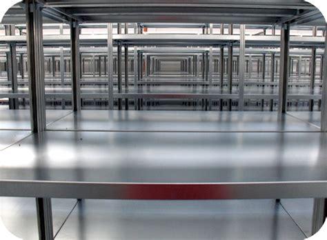 montaggio scaffali metallici scaffalature componibili magazzino scaffale metallo gancio