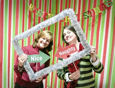 christmas photo booth ideas best 25 photo booth ideas on photo booth backdrop photobooth