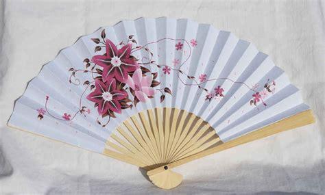 A Paper Fan - paper fan cultural toursvietnam cultural tours