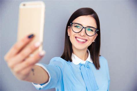 selfie how we became selfies in economy theselfiepost