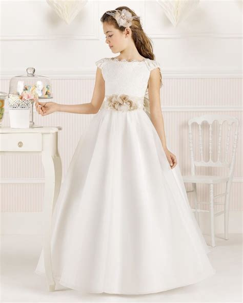 Baju Pesta Untuk Usia 50 Tahun model gaun pesta anak perempuan warna putih lucu model baju muslimah batik terbaru 2018