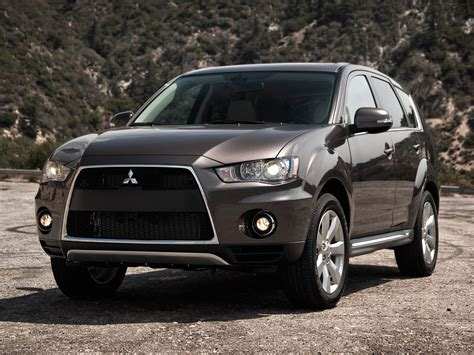 mitsubishi suv 2011 mitsubishi outlander price photos reviews features
