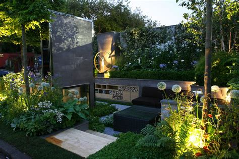 urban backyard ideas top 5 most extravagant urban garden designs