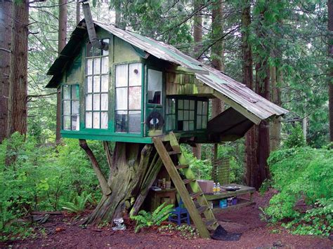 Treehouse Cabins Oklahoma by 25 Ways Of Reusing Wooden Pallets In Your Garden As Hut