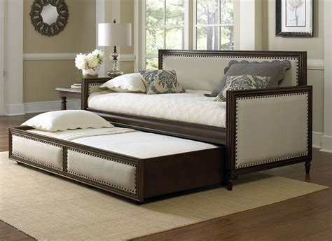 Fashion Bed Group Grandover Wood Upholstered Daybed Bed Daybed