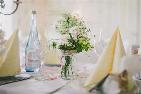 Schlichte Tischdeko Hochzeit by Traumhochzeit Hochzeitsblog Marrymag Der Hochzeitsblog