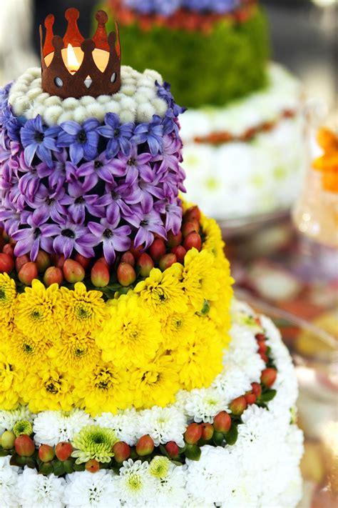 Hochzeitstorte Blumen by Hochzeitstorte Aus Blumen Bildergalerie Hochzeitsportal24