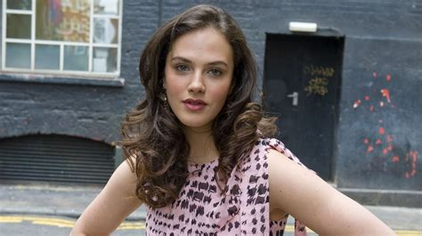 jessica brown findlay hd wallpapers high quality