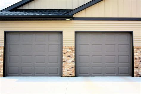 Garage Door Styles And Types You Have To Know Resolve40 Com Garage Doors Styles