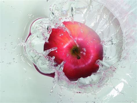 wallpaper apple fruit world s amazing pictures funny pictures tourist places