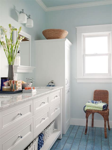 Paint Colors For Small Bathrooms - small bathroom color ideas