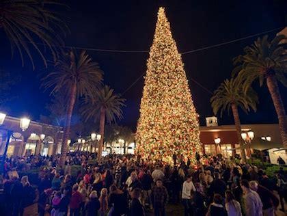 fashion island christmas tree a guide to socal s tree lighting ceremonies 171 cbs los angeles
