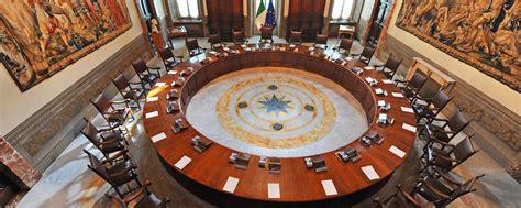 consiglio dei ministri emergenza consiglio dei ministri stanzia 30 milioni pc
