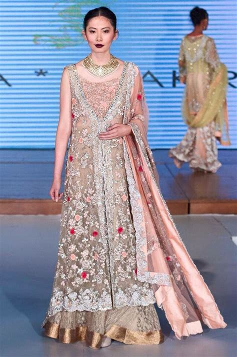 Ar08 Syakira Dress Abu 347 best things to wear images on indian dresses indian gowns and indian suits