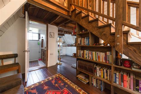 Dream House Design Inside And Outside by This Tiny House Looks Like Only Roof But Inside Whoa