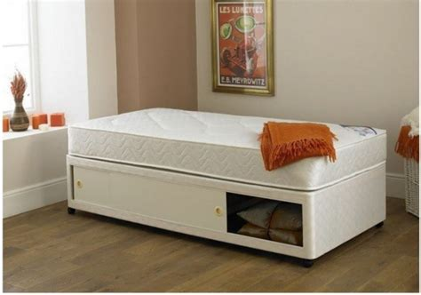 2ft single bed 2ft 6in small single divan bed base in cream damask fabric