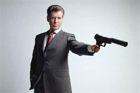 seri film james bond daniel craig peringkat film james bond paling keren dari masa ke masa
