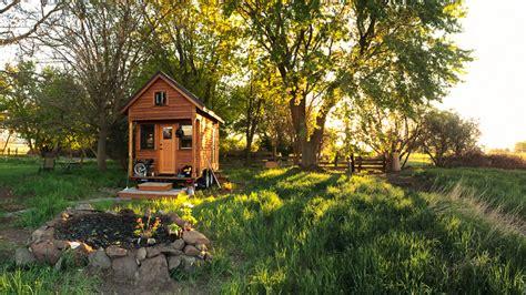 Tammy Strobel Small House Living On Faroutradio Youtube Tammy Strobel Tiny House