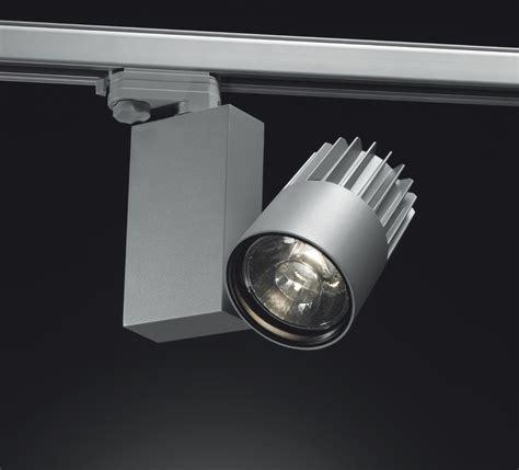 sistema di illuminazione a led luce per il contract l esperienza luminosa luce e design