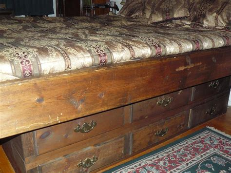 Waterbed Frame With Drawers by Free King Size Waterbed Frame With 12 Drawers Firewood