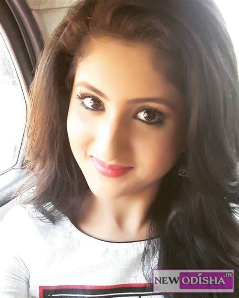very beautiful heroine photos odia actress shivani hot and beautiful photo gallery
